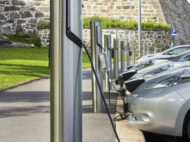 Turbocharging the expansion of the Spanish EV charging grid